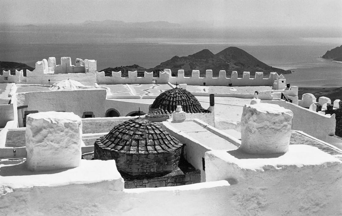 Karl Stadler - Dachterrasse des Johannesklosters, Patmos (1968) - Ein Schweben zwischen Himmel und Erde ...